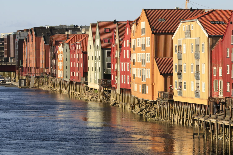 Trondheim Lagerhäuser am Nidelva ©HorstReitz